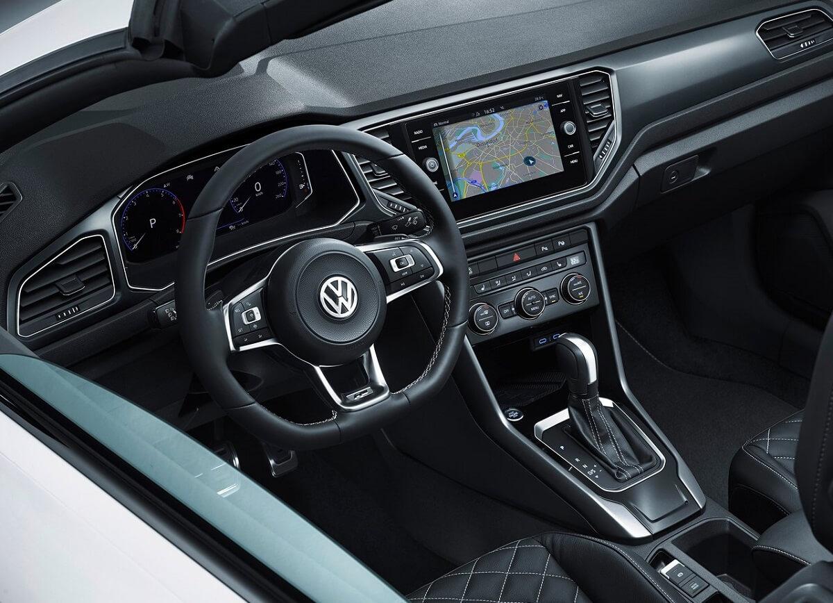 Volkswagen-T-Roc_Cabriolet-2020-8.jpg