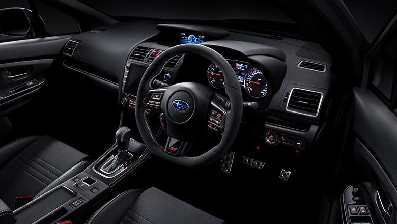 img_cockpit.jpg