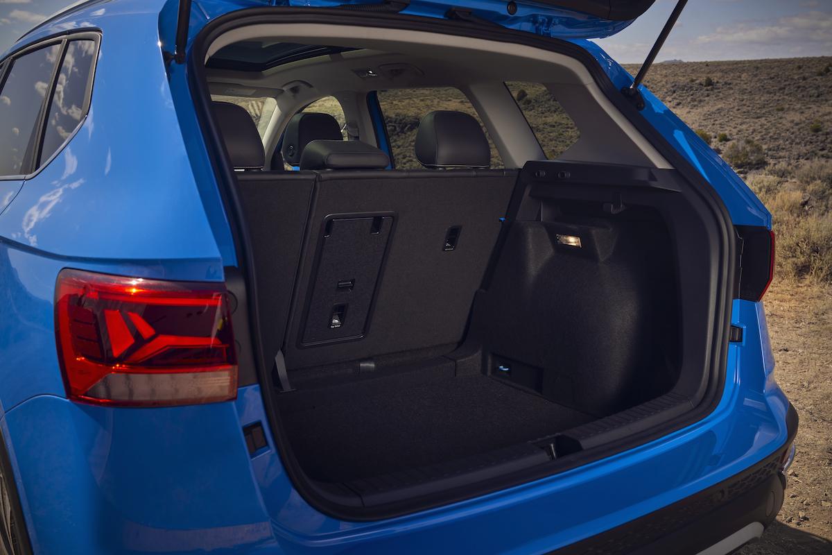 2022_Volkswagen_Taos--12335.jpg