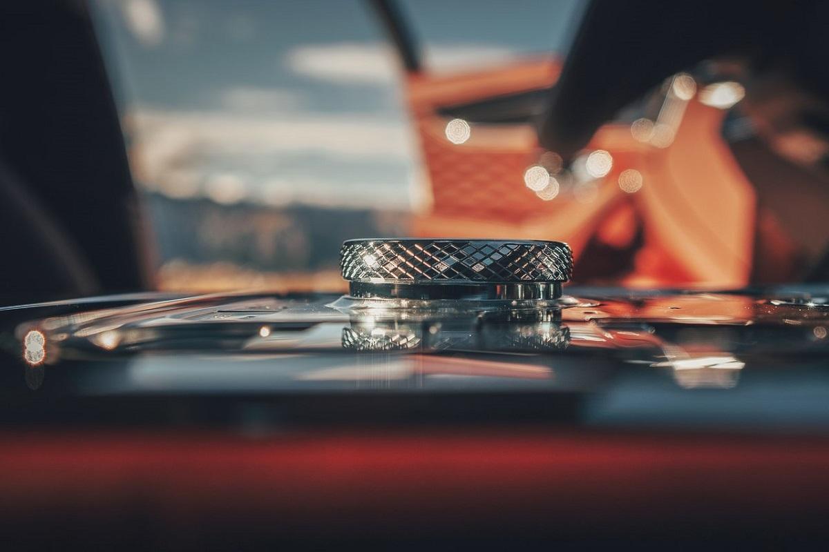 Bentley-Flying_Spur-2.jpg