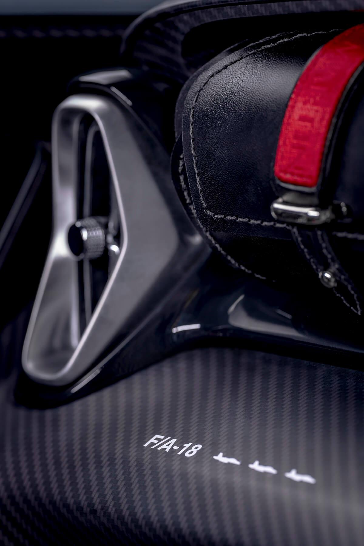 V12-Speedster-9.jpg