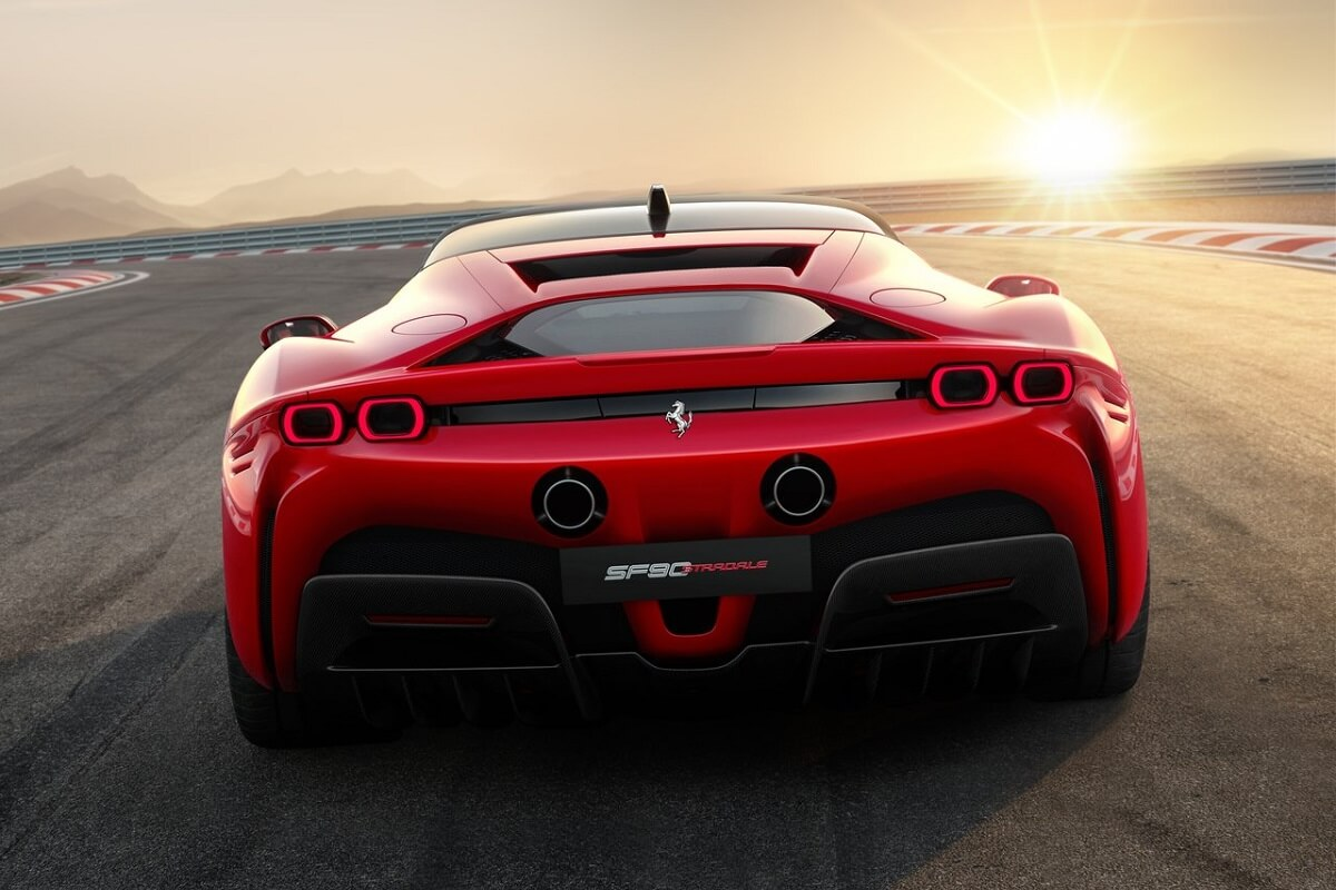 Universo-Ferrari-2.jpg