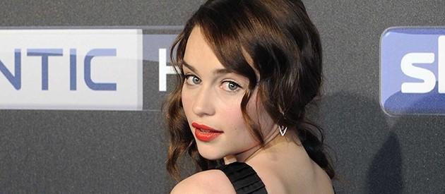 Nudez fez Emilia Clarke recusar o papel de Anastasia Steele em 50 Tons de Cinza