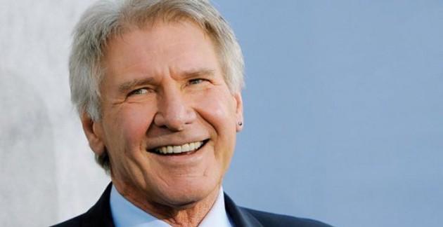 Harrison Ford sofre acidente de avião e estado é crítico