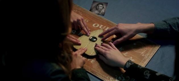 Ouija: Filme sobre o jogo do copo ganhará sequência em 2016