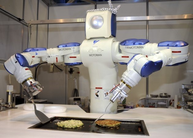 https://media.zenfs.com/ro_RO/News/playtech/RoboHow-robot-limbaj-internet.jpg