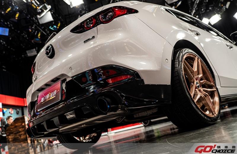 Mazda3-7
