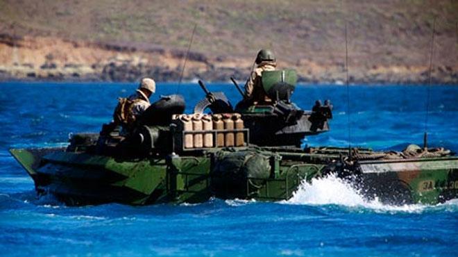 Mỹ tập trận tái chiếm biển đảo trong bai Nguoi nhat bieu tinh trong trung quoc