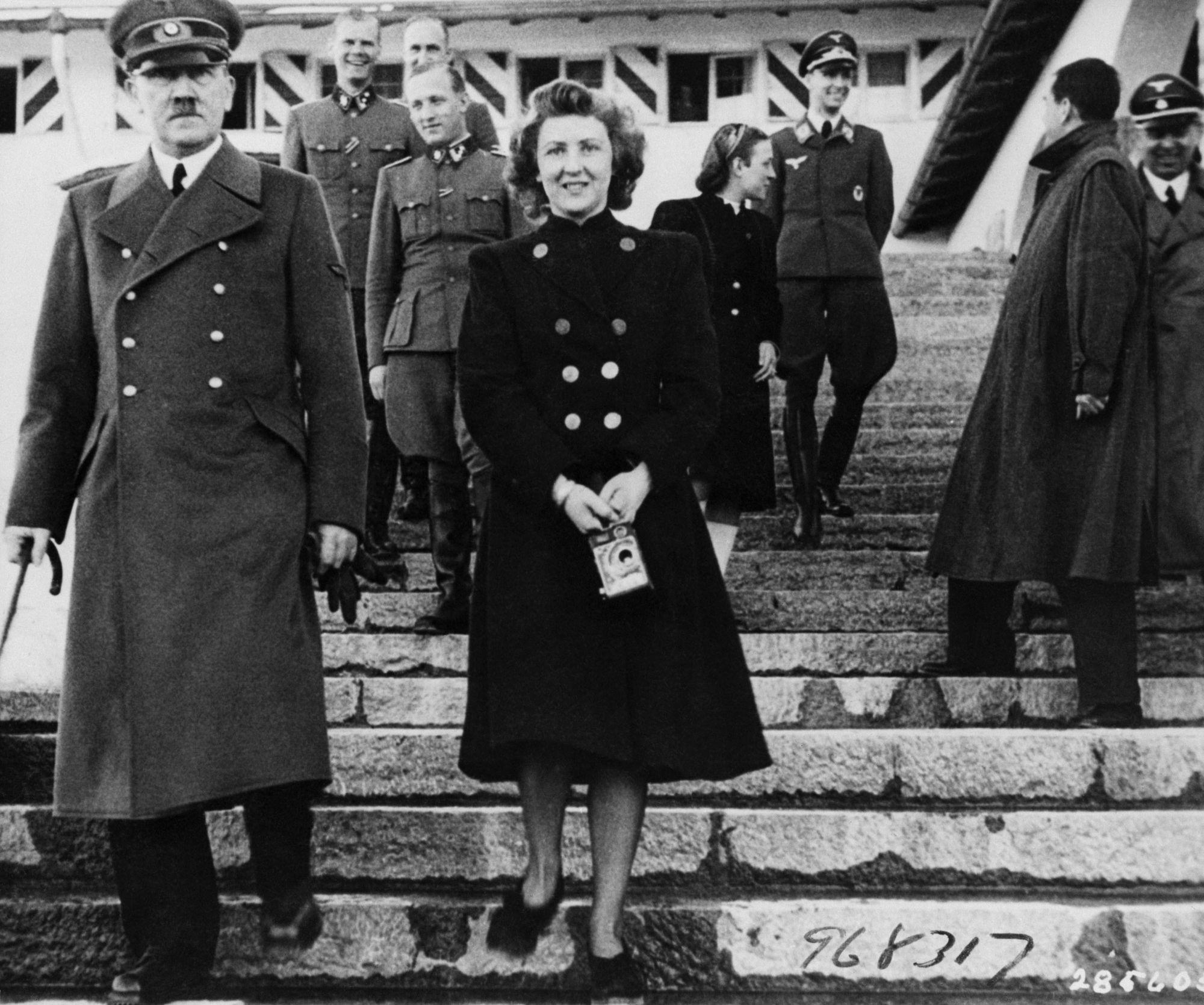 bi mat kinh hoang ve Hitler hinh anh 1