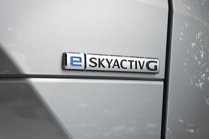 Mazda MX-30輕油電車型於今日10/8在日本上市,售價242萬日圓起。