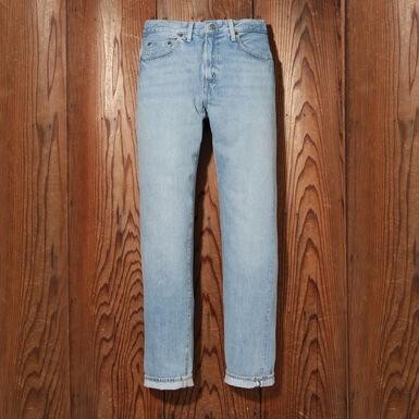 https://www.levi.jp/men/pants/jeans/1954%E3%83%A2%E3%83%87%E3%83%AB%20501%20jeans%20blueprints/501540092.html