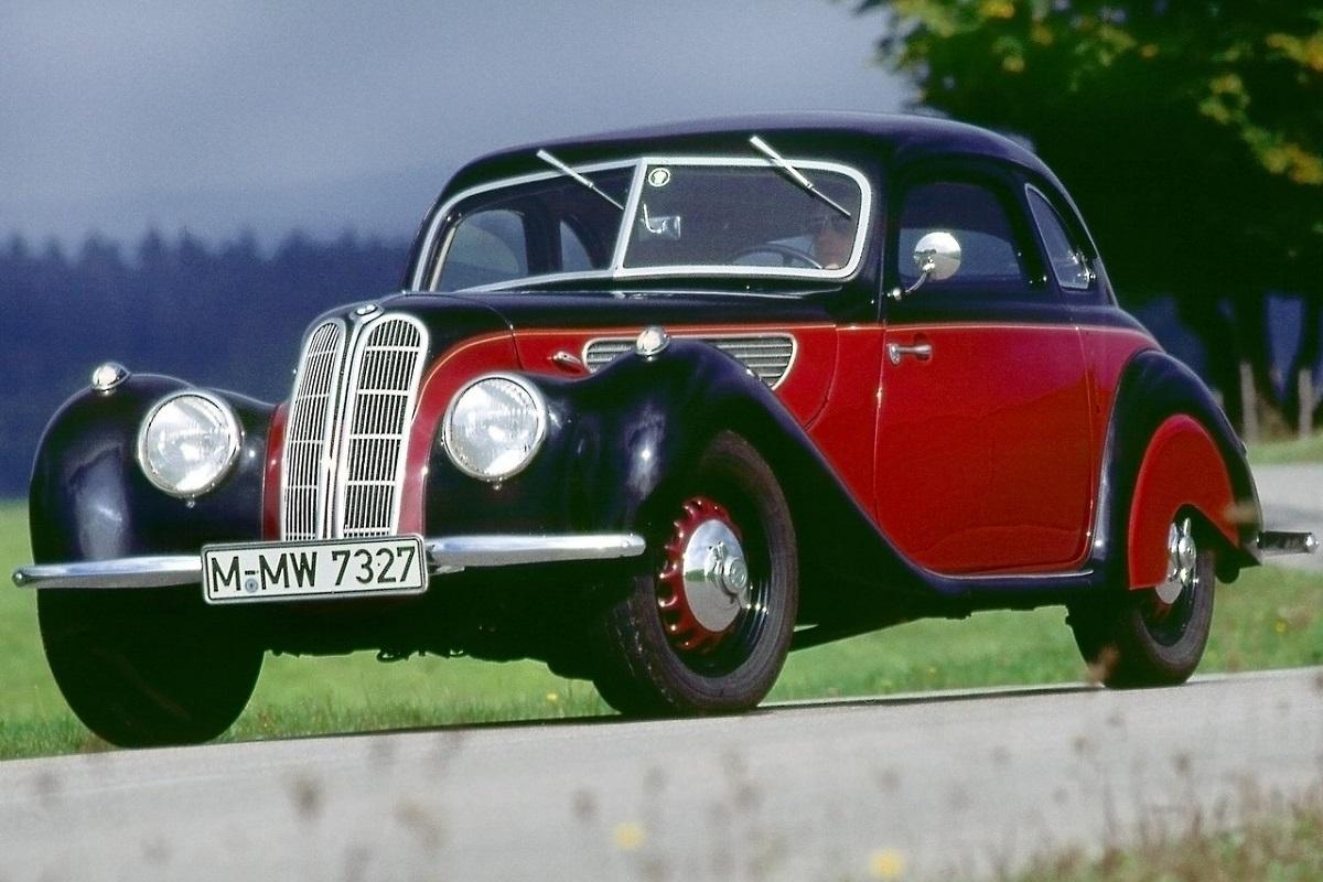 BMW-327_Coupe-1937.jpg