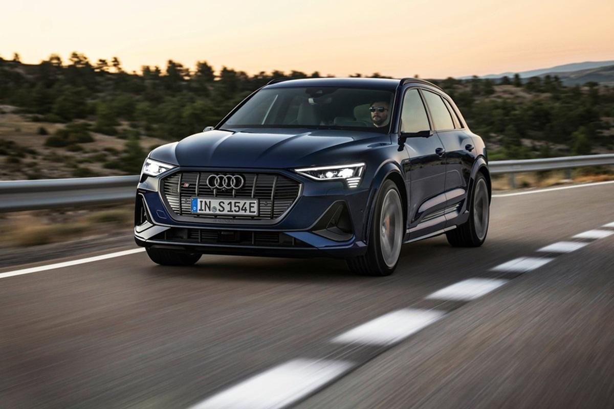 Audi-e-tron_S-3.jpg