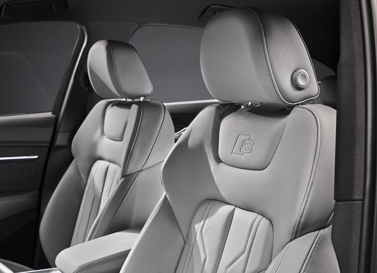 Audi-e-tron_S_Sportback-2021-8.jpg