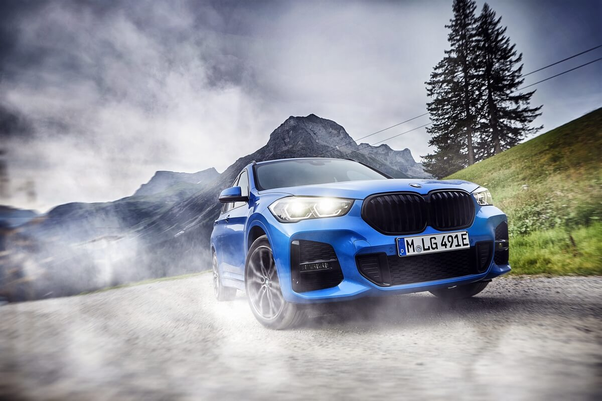 P90379700_highRes_the-new-bmw-x1-xdriv.jpg