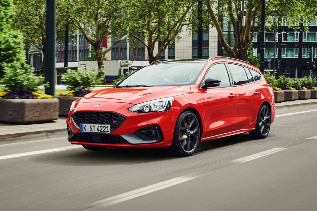 ford-focus-st-wagon-7-7-9