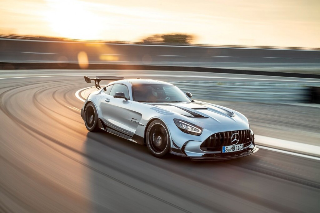 mercedes-amg-gt-black-series-730hp-800nm