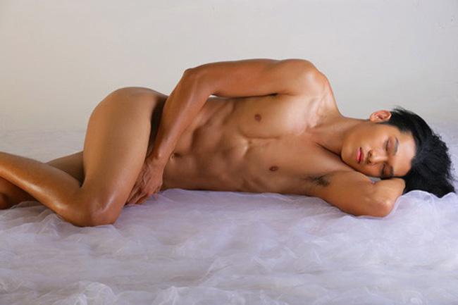 8 bộ ảnh nude bị