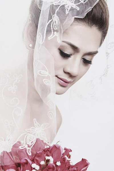Lâm Chí Khanh tung ảnh cưới