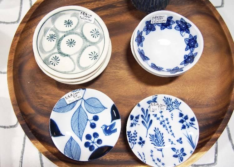日本美濃燒器皿,依款式為500~600日圓