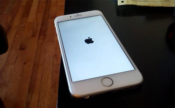 iPhone 最大死穴發現!設定這個日期會立即變磚 [影片]