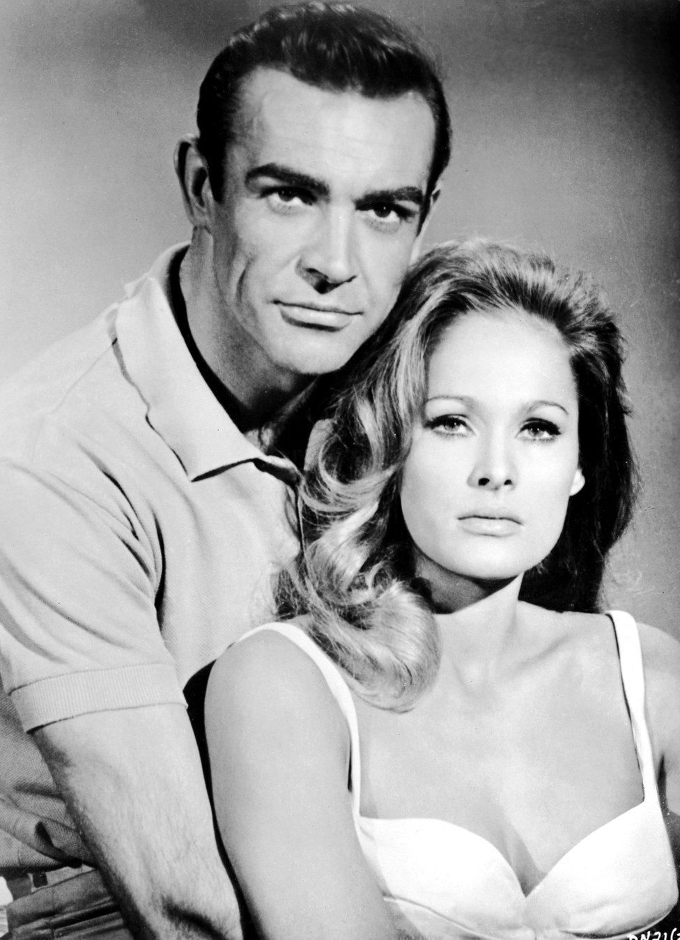 Sean Connery in Dr No with Ursula Andress