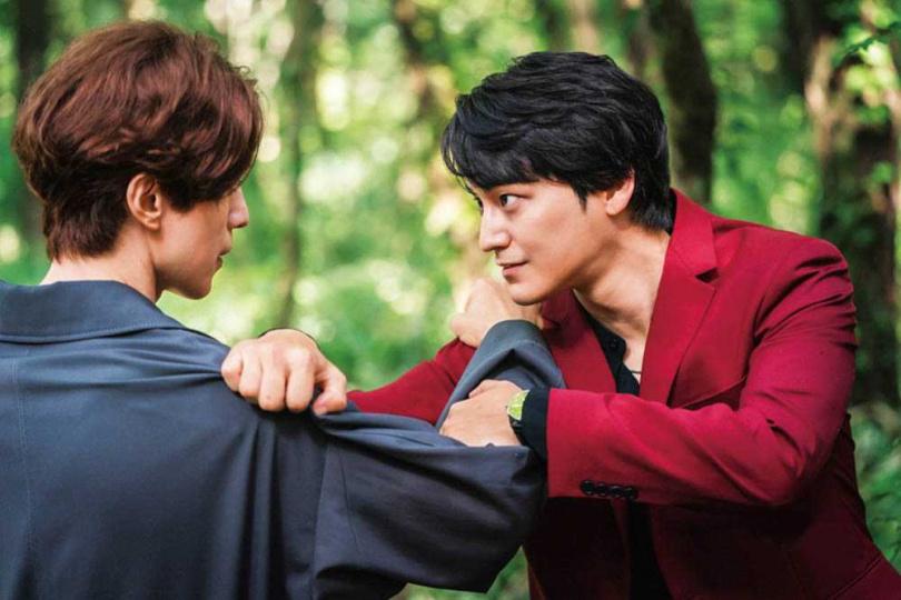 金汎飾演的「李朗」個性傲嬌,經常故意與哥哥作對。(圖/翻攝自tvN)