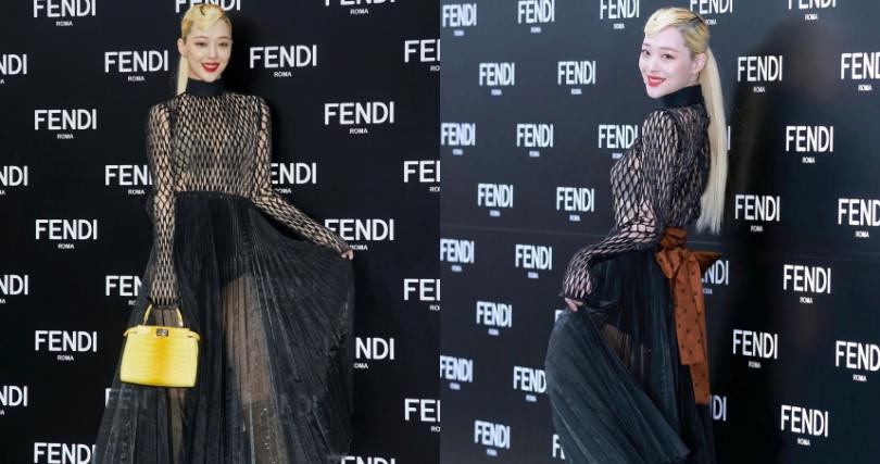 一身性感出席韓國FENDI的活動,此套洞洞裝也因她大紅!(圖/翻攝IG)