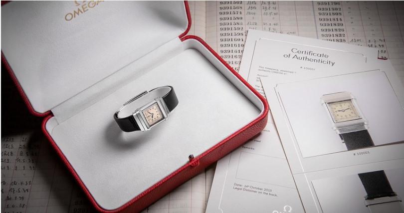 歐米茄宣佈,針對超過30年的歐米茄腕錶推出全新真品證書,將促使古董錶市場更為活絡,同時也有助於品牌形象提升。(圖/歐米茄提供)