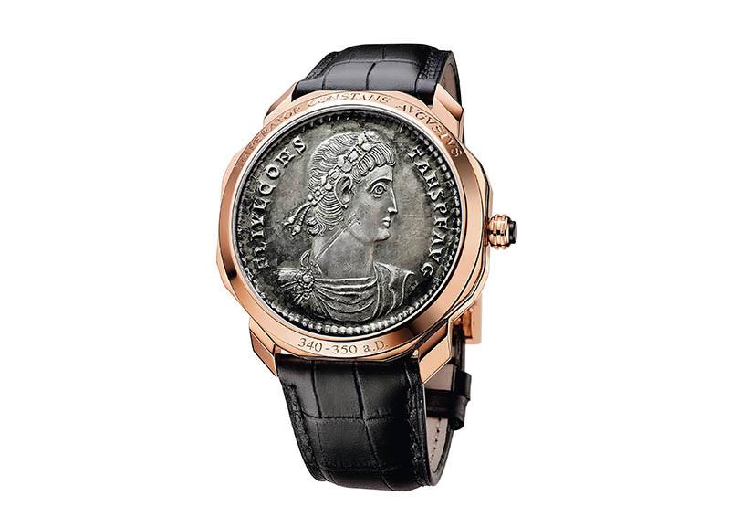 Octo Finissimo Monete超薄鏤空陀飛輪古幣腕錶,全球限量1只,定價:15,910,000元(圖/寶格麗提供)