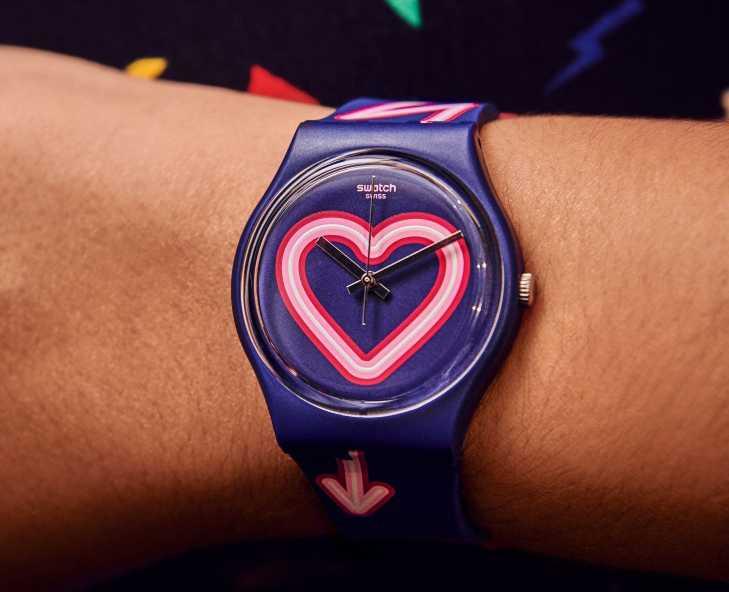 芯动表白时刻!佩戴对表完美放闪,携手共渡浪漫情人节庆