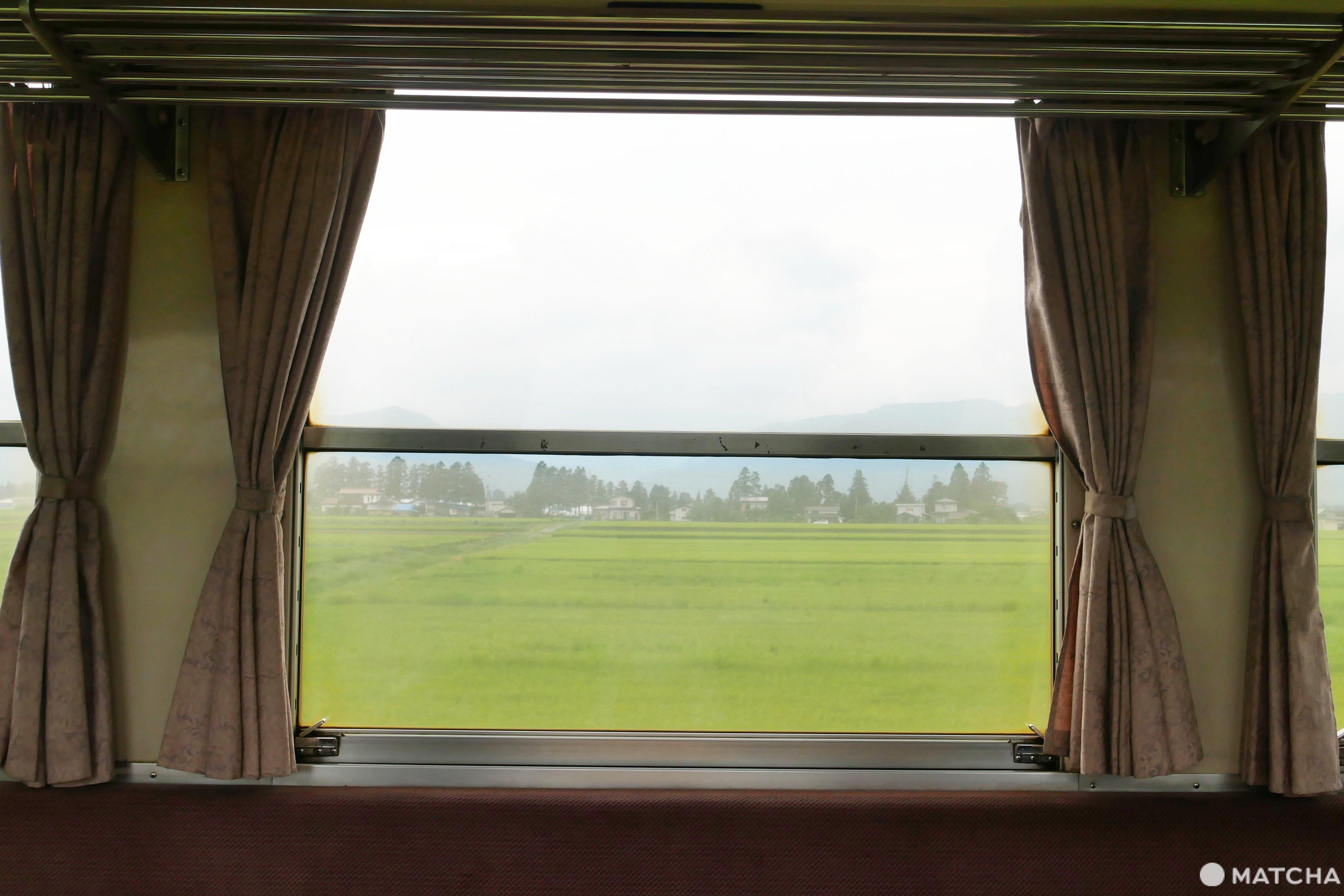 長井線車窗