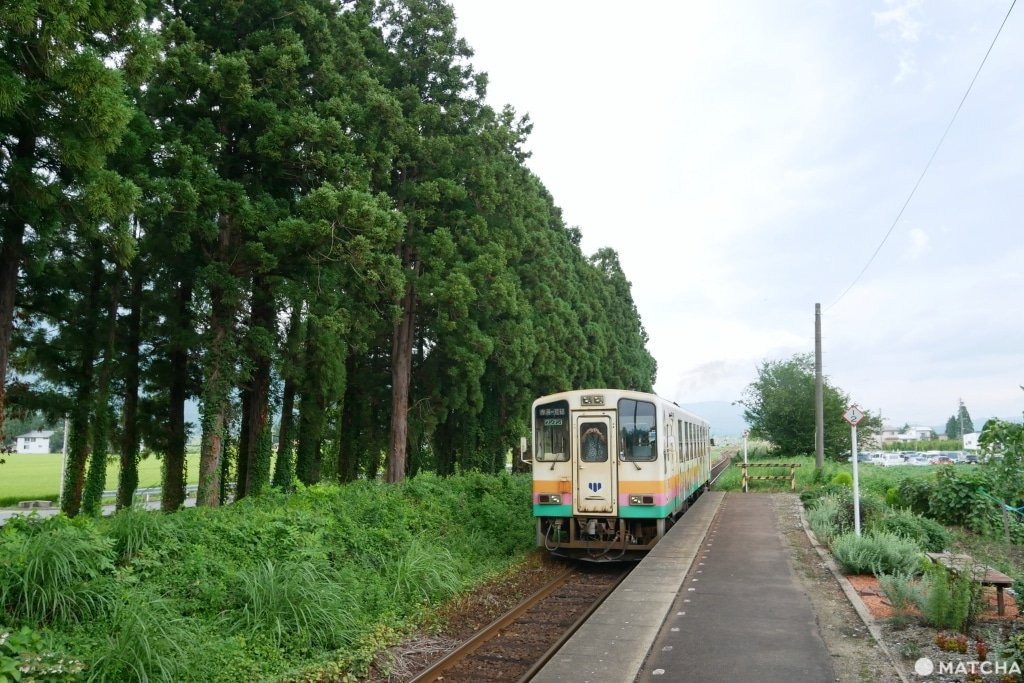 長井線羽前成田站