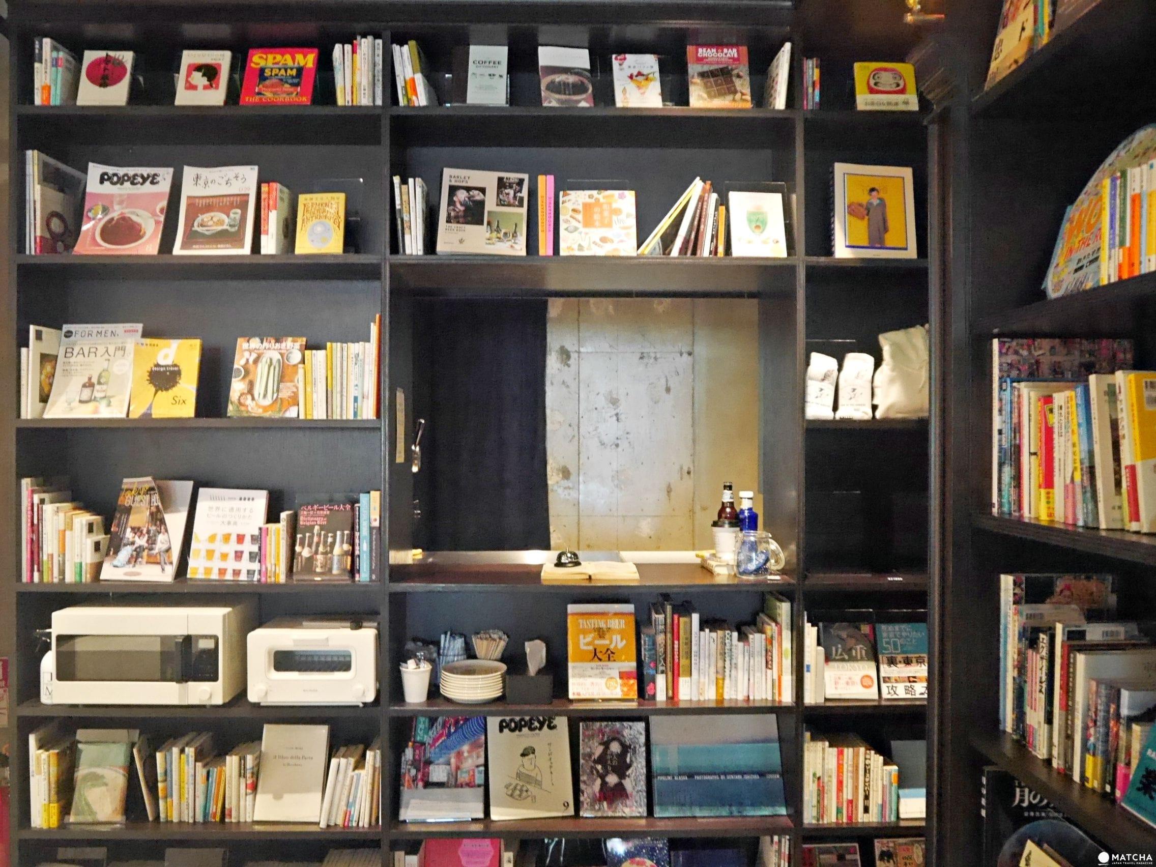 BOOK AND BED ASAKUSA櫃檯