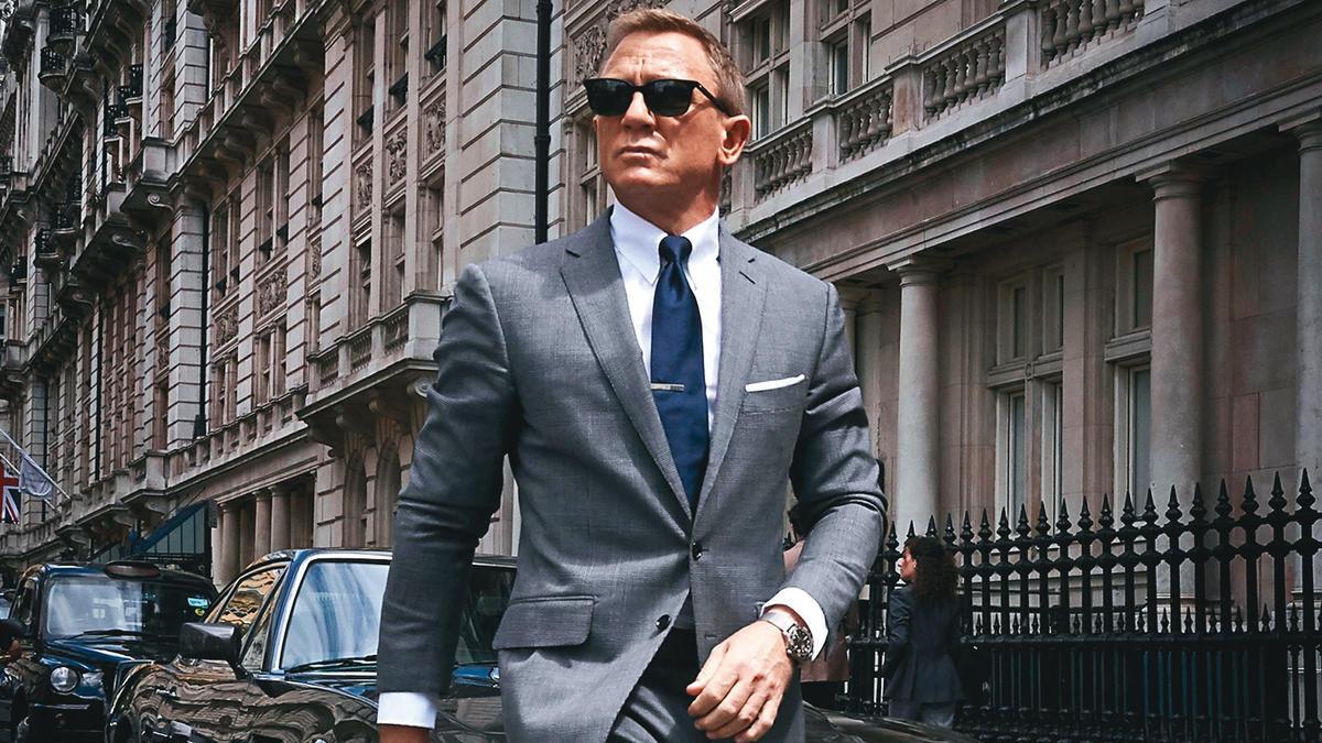 影音串流百家爭鳴,好萊塢寄望《007:生死交戰》這樣的話題電影能吸引觀眾走進戲院。(翻攝自ctvscifichannnel.com)