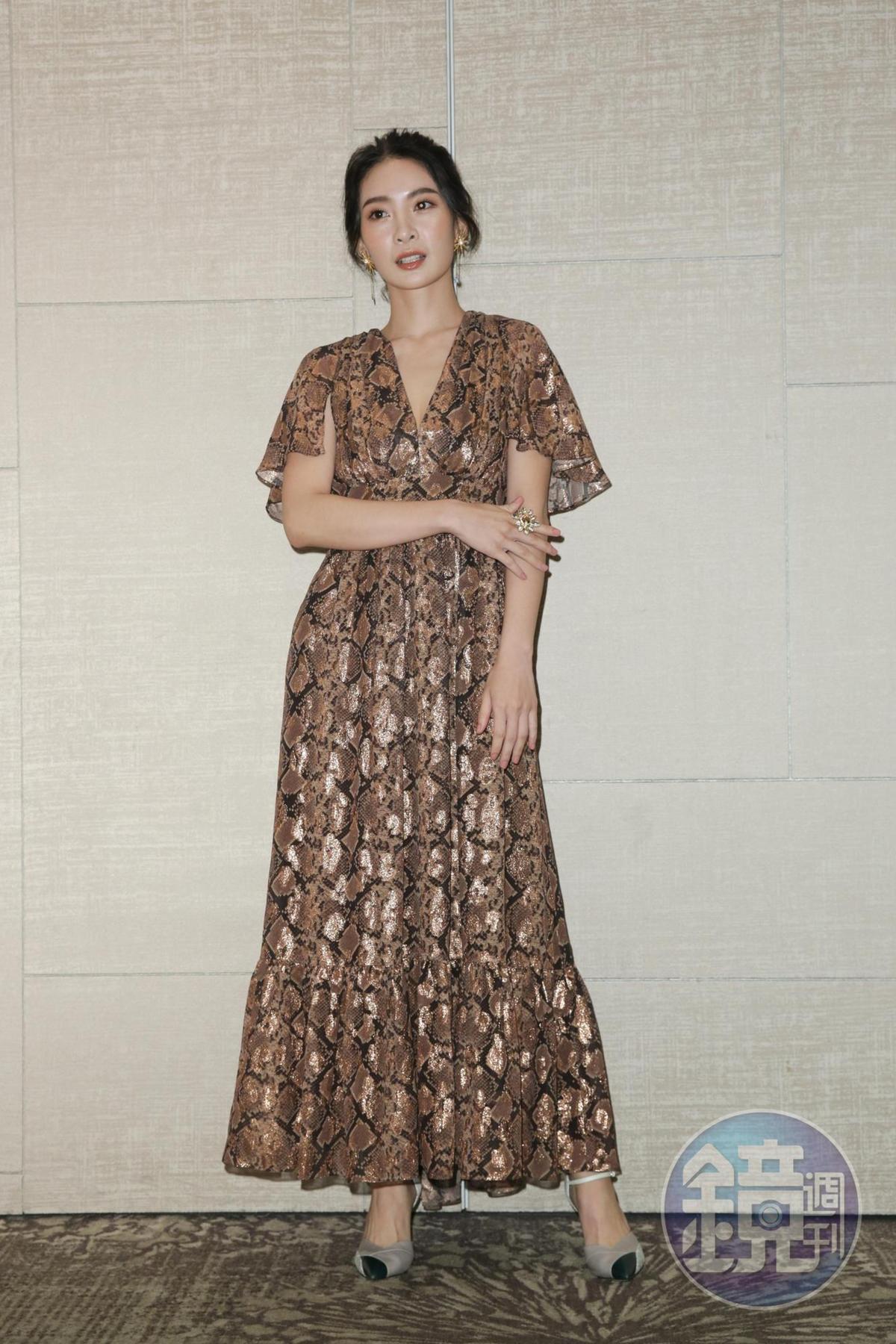 以《野雀之詩》酒店妹角色入圍最佳女主角的李亦捷,平日不愛穿裸露的衣服,為了拍戲強迫自己進入狀況。