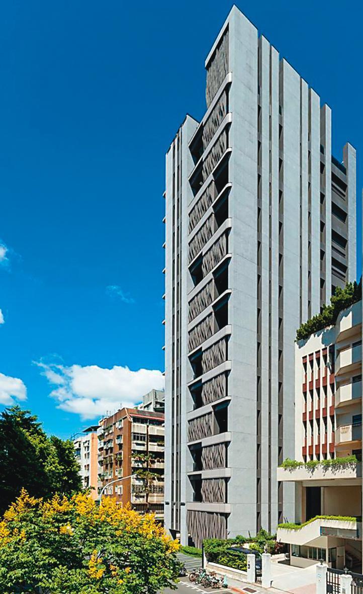 林依晨入住的「青田青」是億萬豪宅,屬於「天龍中的天龍」風水寶地。(翻攝自青田青臉書)