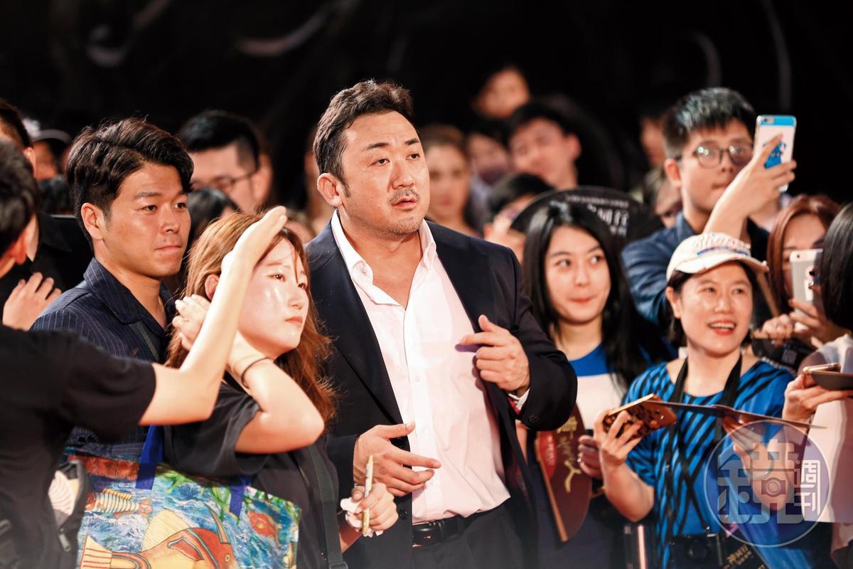 馬東石去年為《與神同行:最終審判》來台宣傳,受到粉絲熱烈歡迎。