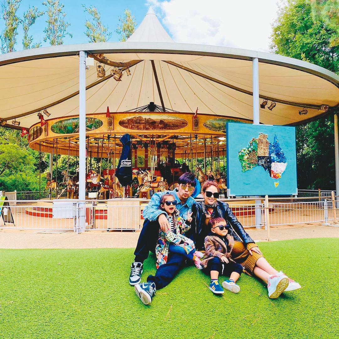 今年農曆年,周杰倫帶著老婆昆凌、女兒Hathaway(小周周)及兒子Romeo到澳洲度假,開心享受天倫之樂。(翻攝自周杰倫IG)