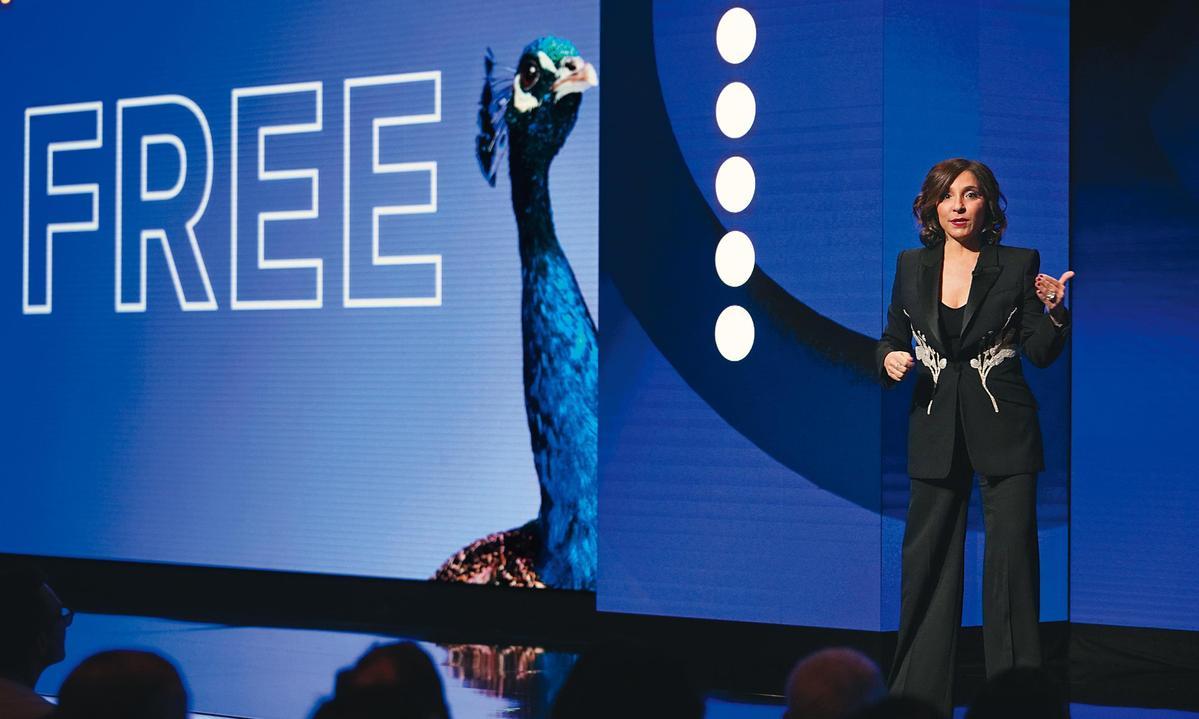 影視娛樂集團NBC環球將於4月推出串流平台Peacock, 除了新內容,也握有包含《週六夜現場》在內的影片庫做後盾。(翻攝自time.com)