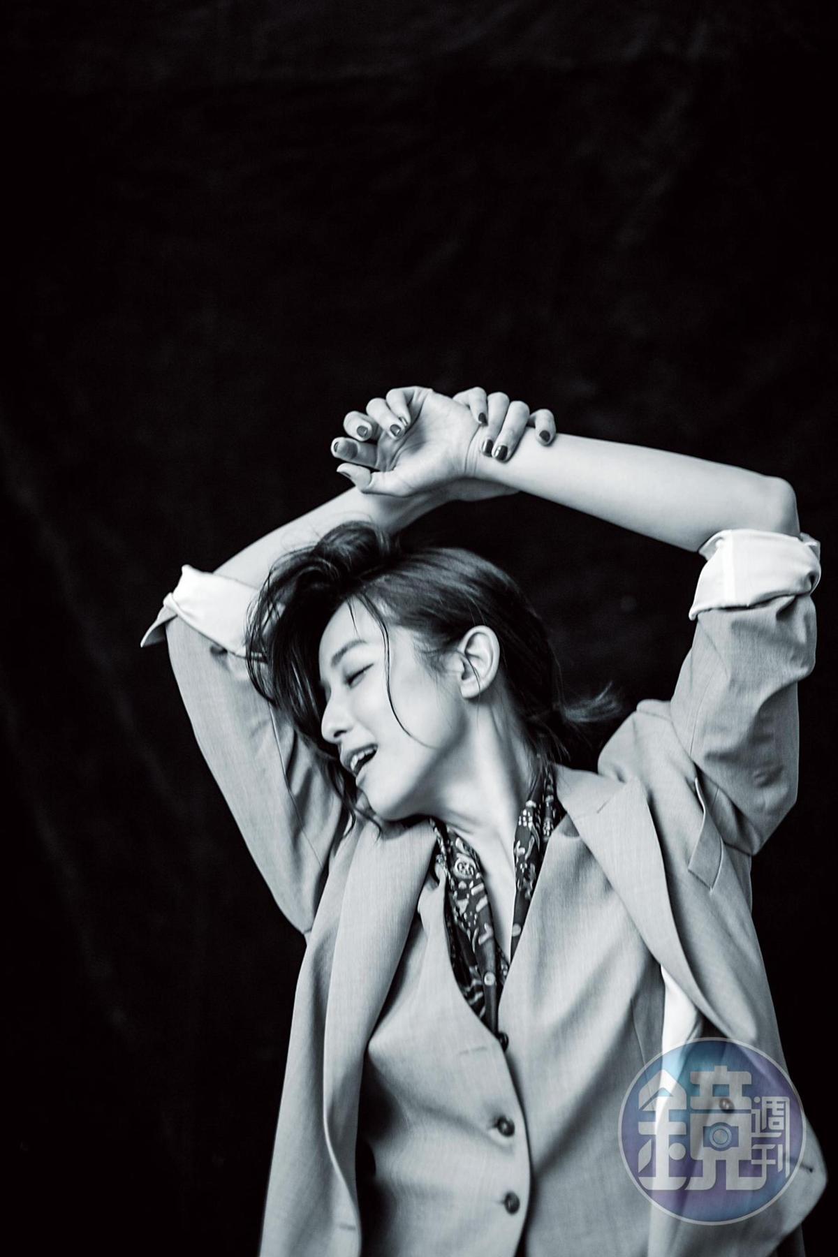 曾排斥再接中性角色,賴雅妍現在不設限了。「長髮也好,短髮也好,中性角色也好,我想看這個世界怎麼看我,而不是我希望怎麼去展現自己。」