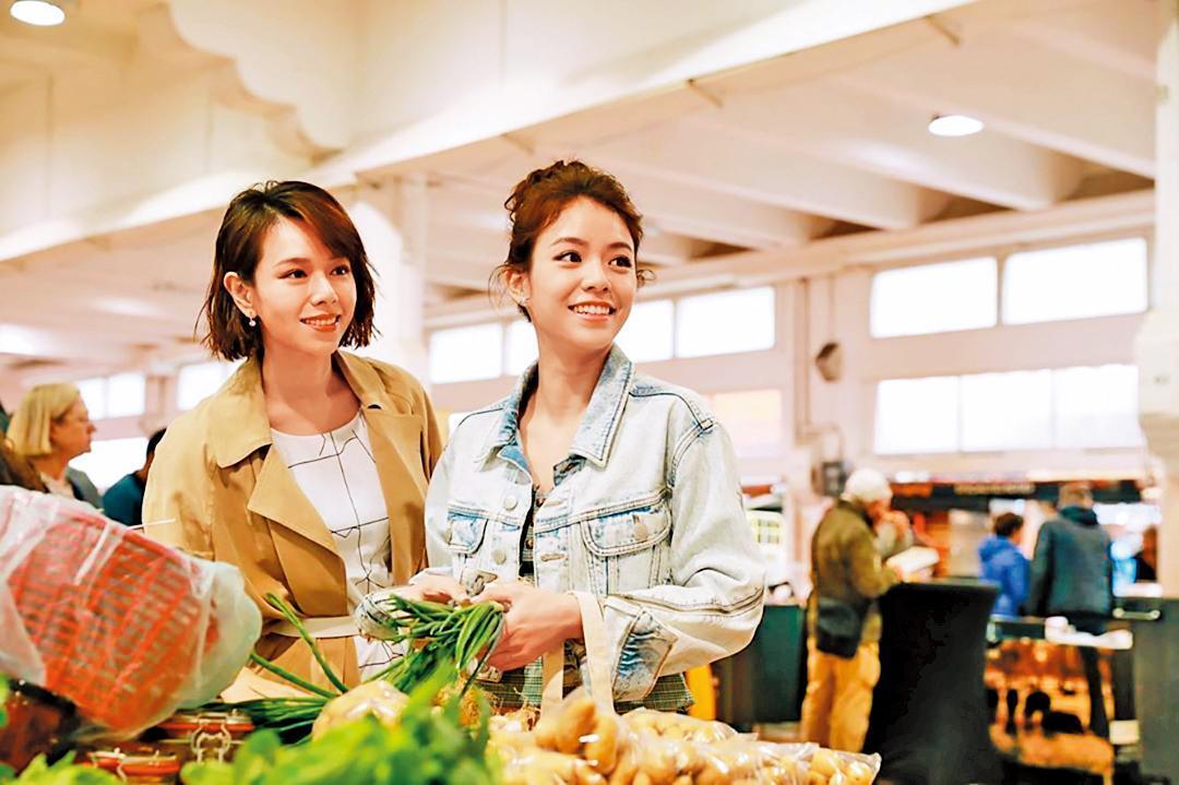 夏于喬(左)和宋芸樺在坎城當室友時變成好友。(翻攝自宋芸樺IG)