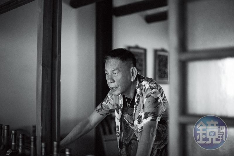 龍劭華自身就有許多故事, 也有好長一段時間, 比較少聽他開口談到自己了。