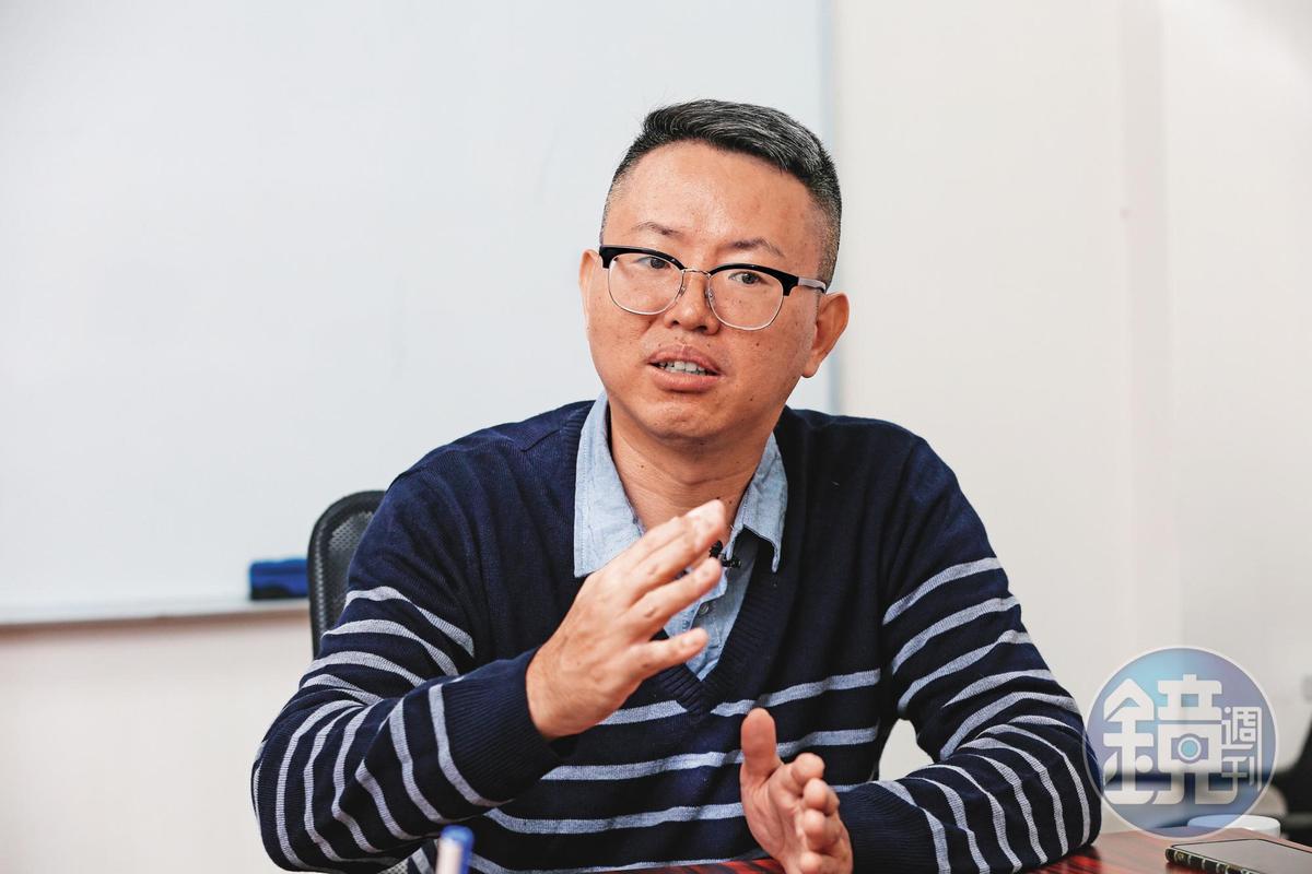 台北市議員徐立信說,環保蟑螂犯案後甚至會檢舉地主,行徑惡劣。