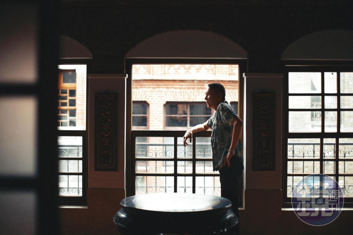 龍劭華說,自己受訪都不事先看題目的,有什麼就答什麼。