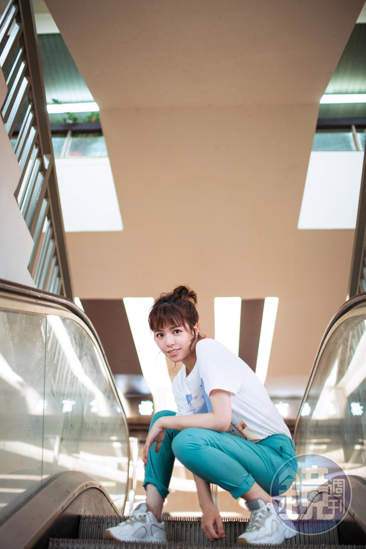 26歲的宋芸樺,外表依然很可以裝嫩,但心理年齡,已被戲裡的人生快速熟成催化。