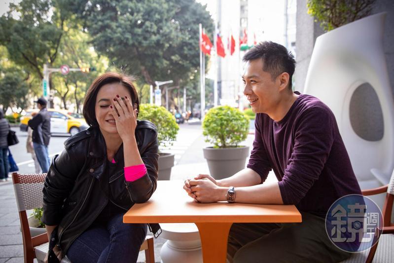陳哲藝(右)說後來做宣傳反覆看《熱帶雨》,才發現他在拍戲現場要求楊雁雁(左)該有的氣質和味道,都來自他太太。