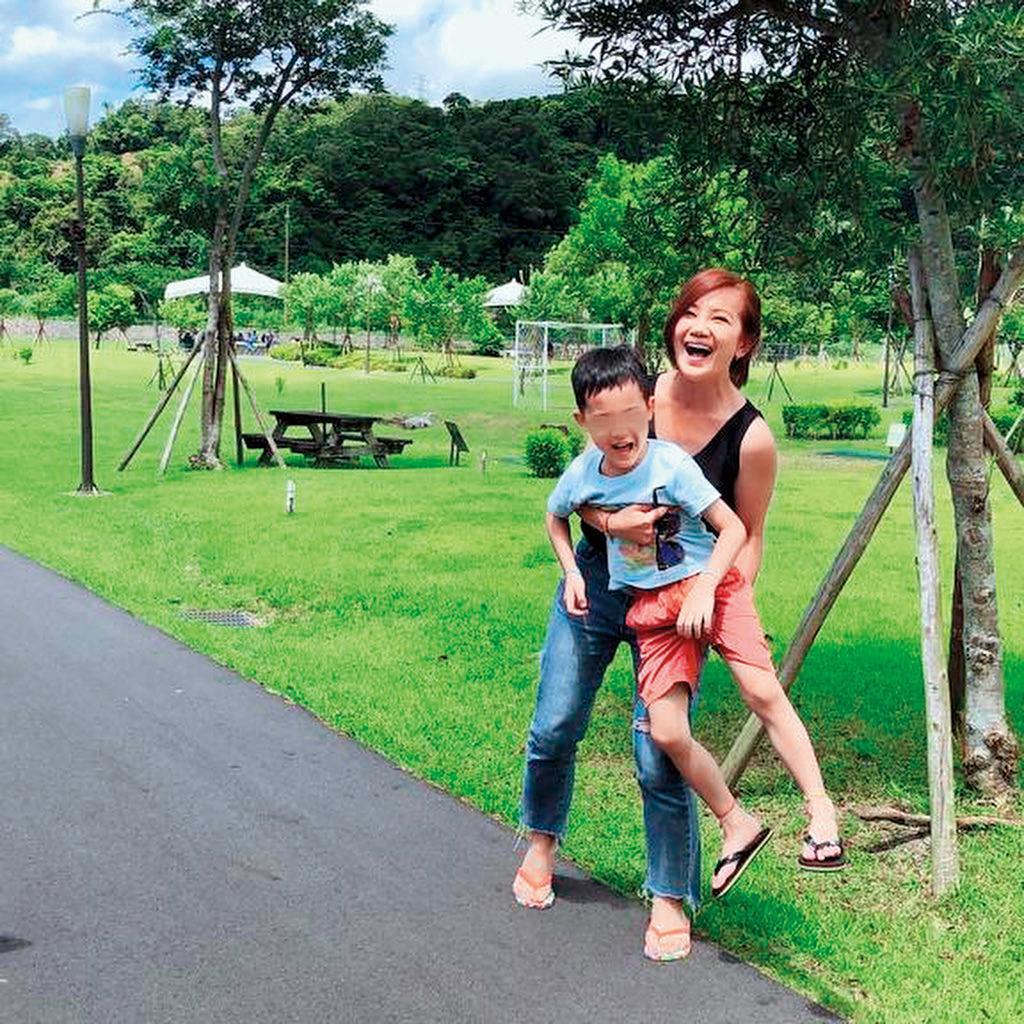 梁靜茹與趙元同婚後,育有1子Anderson,她相當疼愛兒子,經常在社群網站分享與兒子的生活點滴。