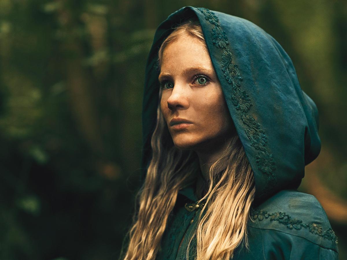 奇莉公主在琴特拉被攻破後成了逃犯,她與傑洛特的關係要看完全劇才揭曉。(Netflix提供)