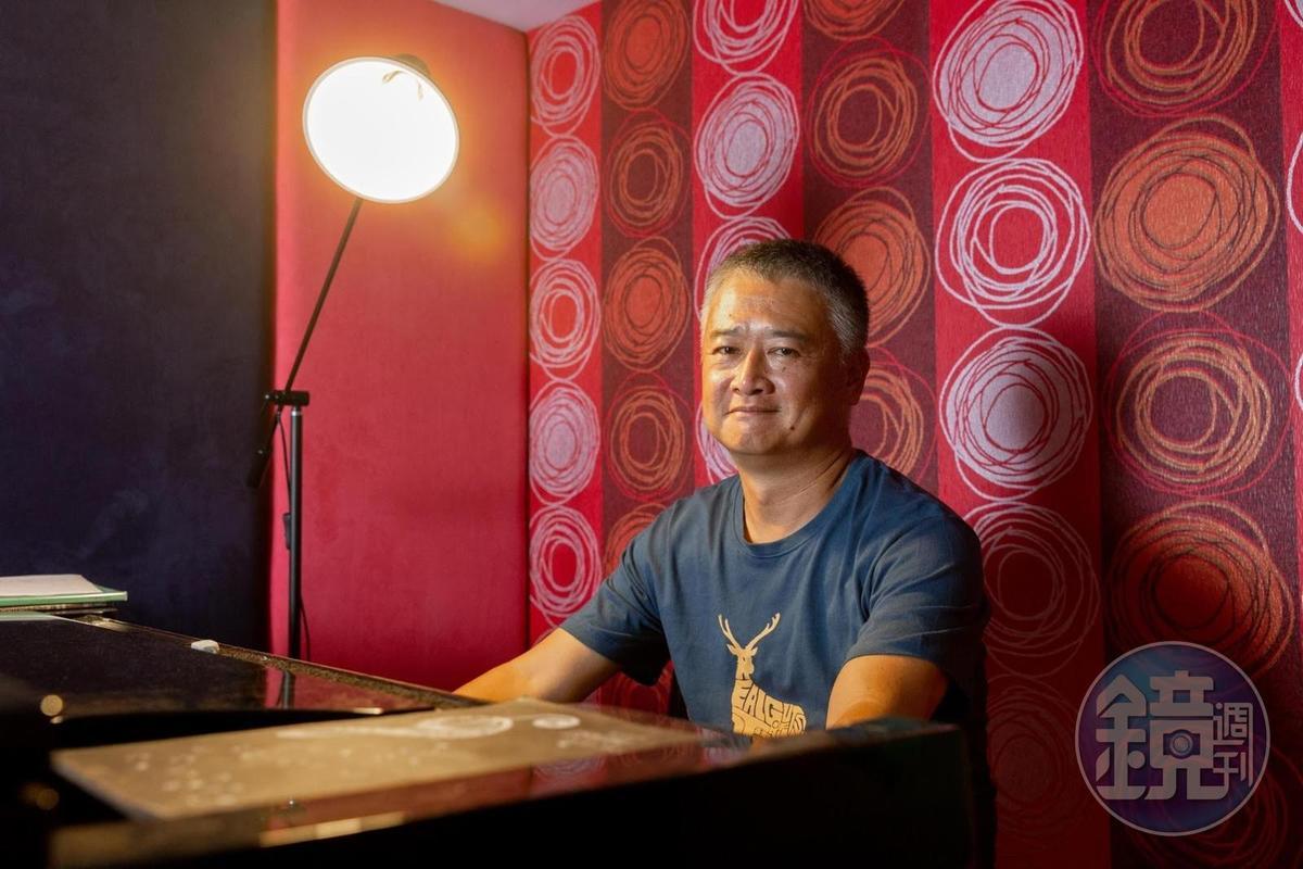 金馬獎「年度台灣傑出電影工作者」湯湘竹除了是資深錄音師,執導的紀錄片也曾獲金鐘、金馬獎肯定。